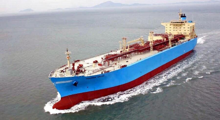 Verdens førende skibsbygger, Hyundai Heavy Industries, har i tredje kvartal afskediget 2600 ansatte, der svarer til 10 pct. af de ansatte.