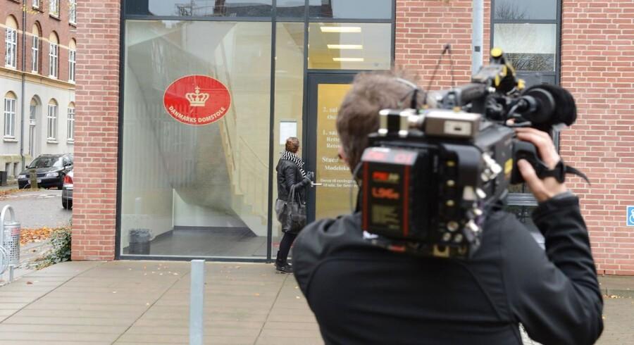 ARKIVFOTO 2014 af pressefolk ved retsbygningen i Odense
