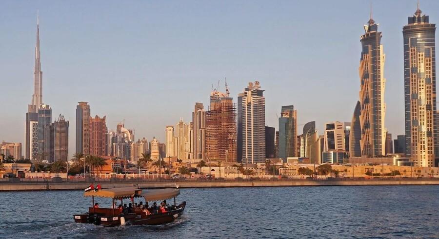 To ansatte i Region Sjælland var i Dubai med Atea i seks dage. De fik ét fagligt arrangement på tre timer. / AFP PHOTO / KARIM SAHIB