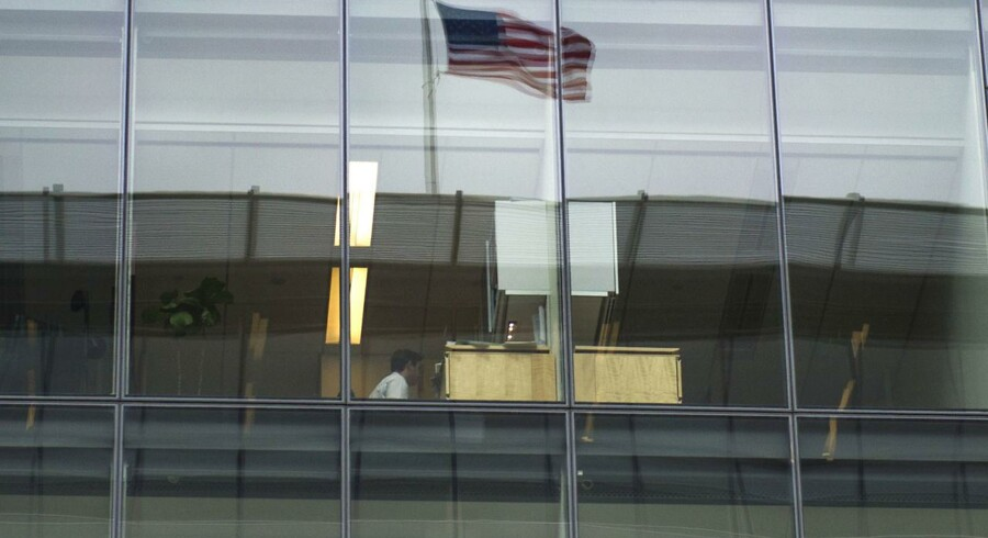 »Det går altså fremad for amerikansk økonomi, og selv om såret fra finanskrisen endnu ikke er helet helt, så er det positivt, at verdens største økonomi er i fremgang«, udtaler Senioranalytiker Mikael Olai Milhøj