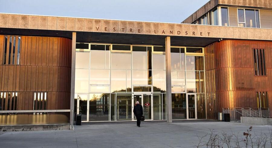 Et langvarigt forløb i en straffesag om kursmanipulation udløser ikke erstatning, siger Vestre Landsret.