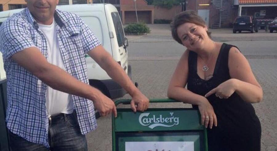 Hanne Nielsen sammen med DJ Henrik Møller. Foto: Privat