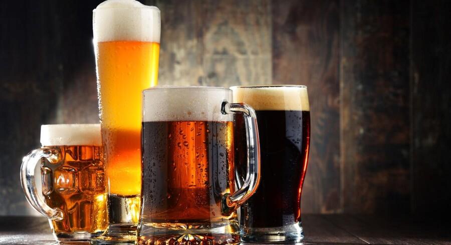 For at få mest ud af smagsoplevelsen kræver det forskellige øl til julefrokostens mange småretter. Få guiden til at vælge dem her.