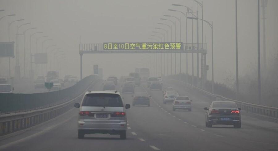 Efter en tyk sky af smog i sidste uge satte Beijing i rødt alarmberedskab for første gang nogensinde, lover kineserne nu, at der er styr på forureningen inden vinter-OL i den kinesiske hovedstad i 2022.