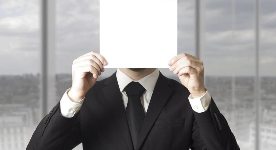 Whistleblowerordninger kan ifølge et dansk udvalg højne niveauet i det offentlige, fordi flere fejl og forsømmelser bliver opdaget, når ansatte kan ytre sig uden frygt for repressalier. Omvendt kan de anonyme ordninger også lede til, at færre personer råber vagt i gevær med navns nævnelse, og det kan være sværere at vurdere troværdigheden af anmeldelserne.