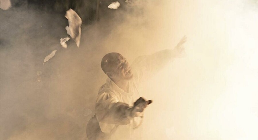 Henrik Prip spiller den opdagelsesrejsende Mungo Park i forestillingen om manden, der har lagt navn til teatret i Allerød. Foto: Jon Kort