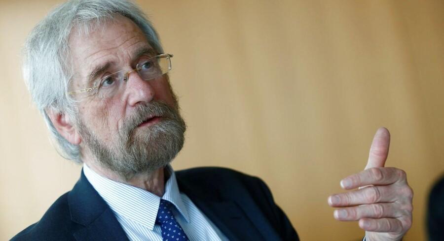 ECB's cheføkonom, Peter Praet, har under en tale i Berlin sagt, at ECB er mere sikker på, at inflationen er på vej tilbage mod målet.