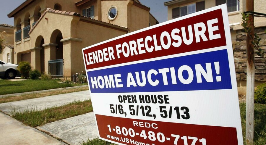 "A foreclosure sign in front of a home at 1456 Albillo Loop in Perris, California in this May 2, 2007 file photo. As the financial crisis begins to be felt on Main Street America, nearly one in six U.S. homeowners are finding themselves in ""under water"" - - owed more on the mortgage than the house is worth - - a situation more and more Americans are finding themselves in, threatening the economy with a new wave of foreclosures and bankruptcies. To match feature FINANCIAL/USA-HOUSING REUTERS/Mark Avery/Files (UNITED STATES)"