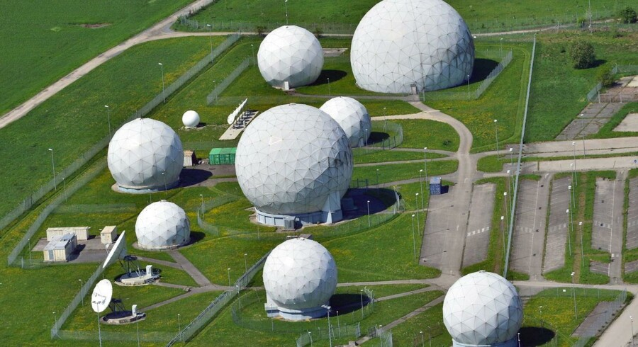 Den skandaleramte, amerikanske efterretningstjeneste NSA begik ulovligheder ved at overvåge amerikaneres brug af telefoni men skaber også ballade i udlandet. I Tyskland har den tyske efterretningstjeneste, Bundesnachrichtendienst (BND), bl.a. gennem sin lyttepost i Bad Aibling indsamlet store mængder data fra Europa til NSA. Arkivfoto: Peter Kneffel, EPA/Scanpix