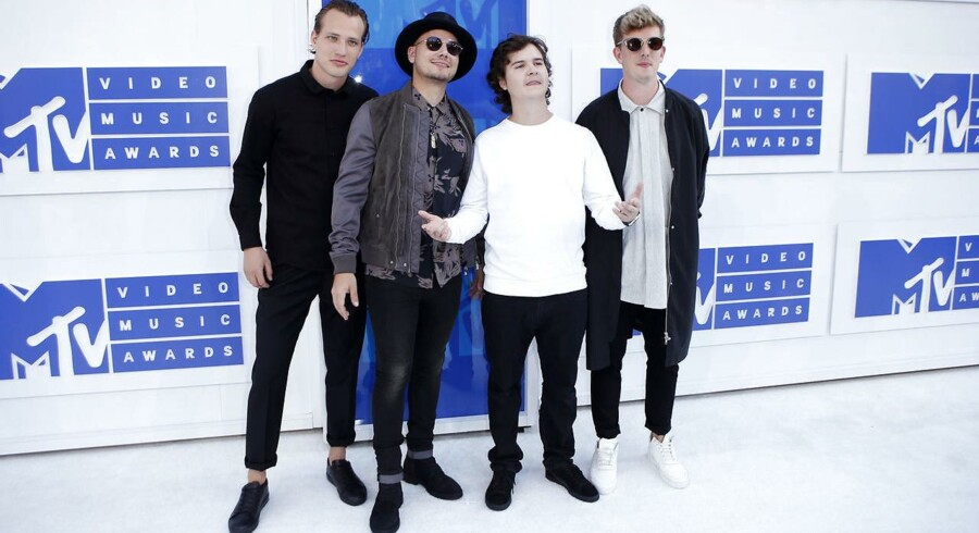 Lukas Graham på den hvide løber til MTV Video Music Awards 2016 i New York.