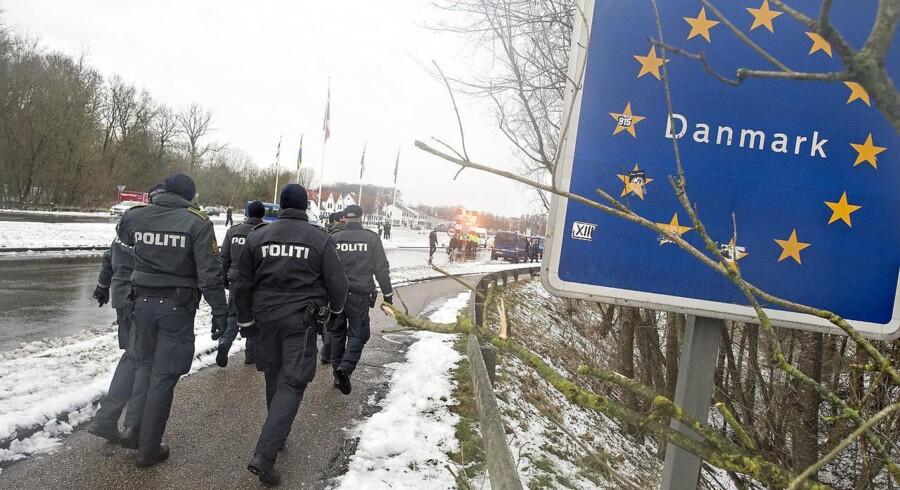 Baggrunden for de nye EU-regler er, at EU-borgere er rejst til Syrien og Irak. Her har de kæmpet for grupper, der står på internationale terrorlister.