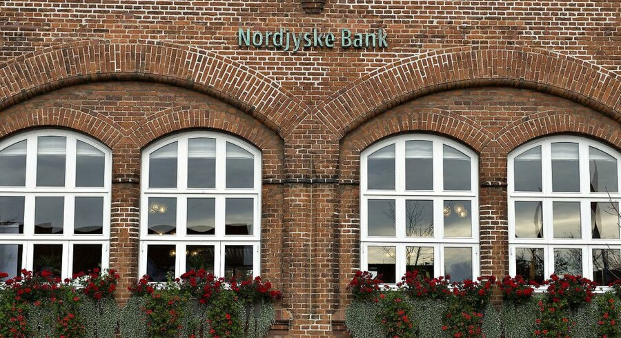 Nordjyske Bank, hovedsæde, filial i Frederikshavn.