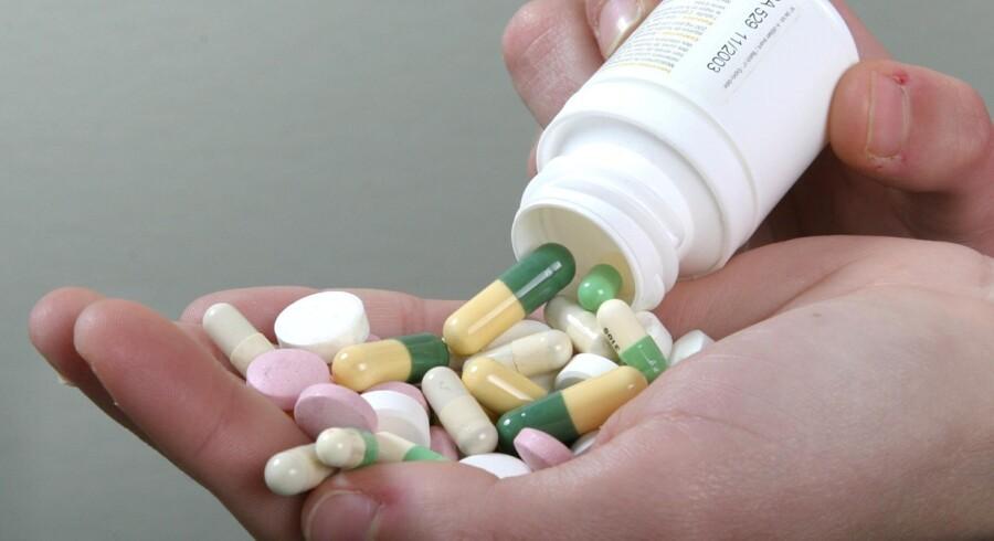 Der er penge at spare, og du kan roligt takke ja til det billigste medicinalternativ. Bare hold øje med, om du kan tåle det. Free/Colourbox.com