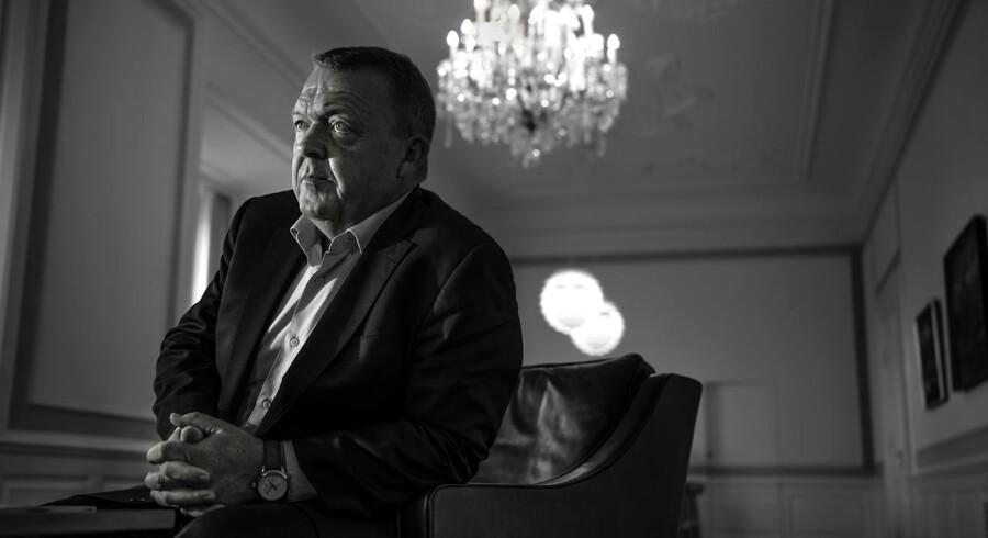 Inden vi forarges over møder med politikere som statsminister Lars Løkke Rasmussen, er det vigtigt at skelne mellem at købe sig til et møde, og at købe sig til indflydelse. Foto: Søren Bidstrup