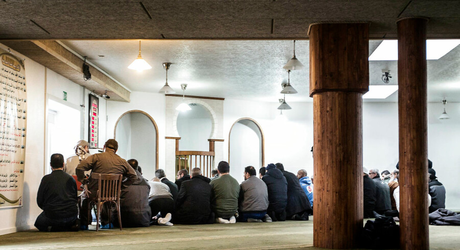 Arkivfoto af Grimhøjmoskeen, hvor en dansk konvertit kom, inden han tilsluttede sig terrorbevægelsen Islamisk Stat.