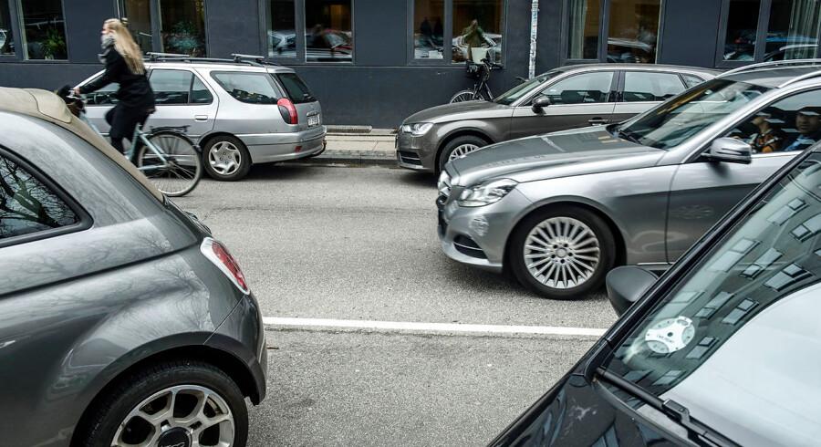 Flere brancheorganisationer frygter, at det vil gå ud over både handel, håndværkere, hoteller og borgere, hvis politikerne på Københavns Rådhus begrænser biltrafikken i hjertet af hovedstaden.