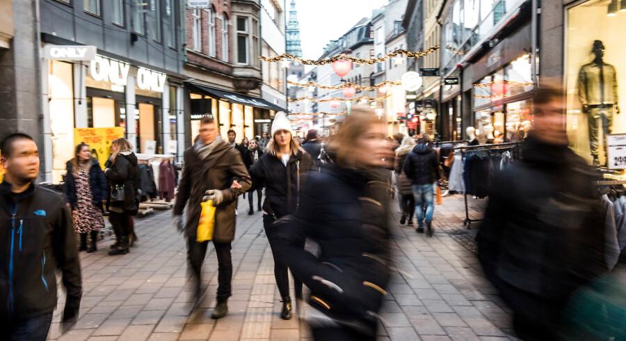 27 procent svarer i en Kantar Gallup-undersøgelse lavet for Berlingske, at de drømmer om en radikal ændring af deres tilværelse. Om julegavestress på Strøget forstærker den følelse, melder undersøgelsen ikke noget om.
