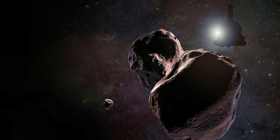 Nytårsdag vil NASA-sonden New Horizons kunne afsløre, om det iskolde himmellegeme Ultima Thule langt ude i Kuiperbæltet hinsides Pluto virkelig er peanutformet som her på billedet – eller om der er tale om to objekter.