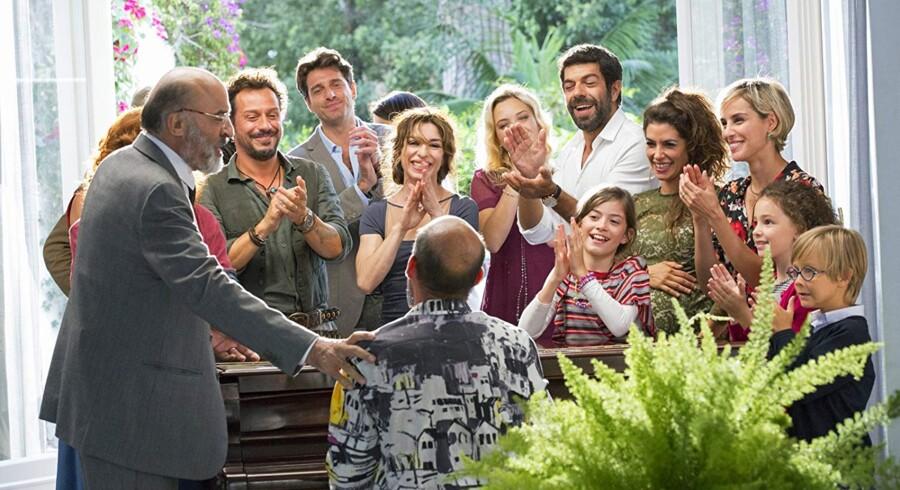 """De skændes og slås og hader hinanden i """"Min Italienske Familie"""". Når de altså ikke lige står og synger om klaveret."""