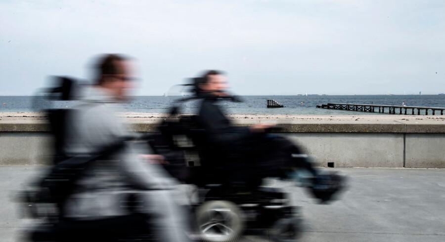 En lang række krav om hygiejne, medicinhåndtering og pleje er ifølge en tilsynsrapport ikke opfyldt på et bosted for handicappede børn og unge i Gentofte Kommune. Det udgør en betydelig risiko for patientsikkerheden, vurderer Styrelsen for Patientsikkerhed.
