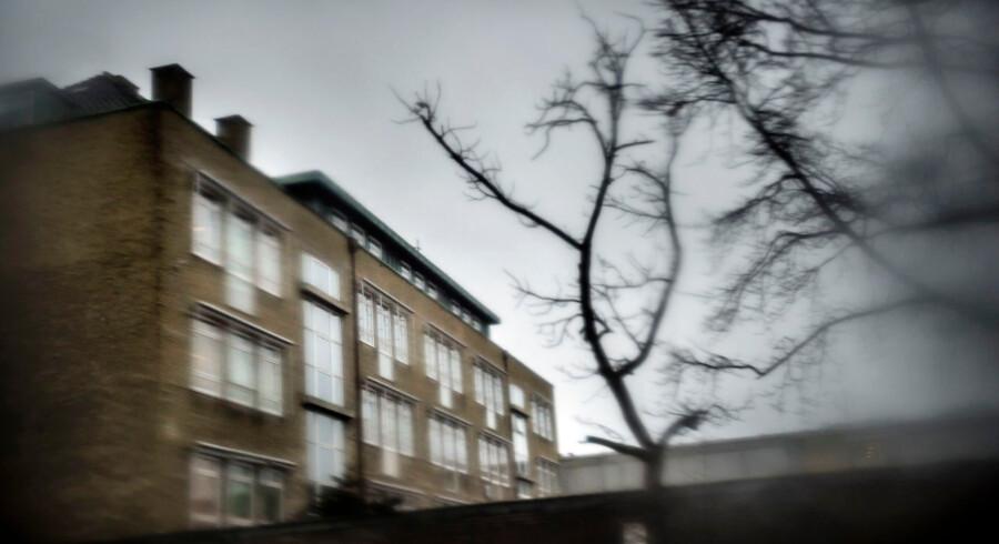 Tranegårdskolen er en populær folkeskole i Hellerup i Gentofte Kommune. Nu retter en gruppe forældre kritik af skoleledelsen for ikke at håndtere voldsom adfærd i indskolingen.