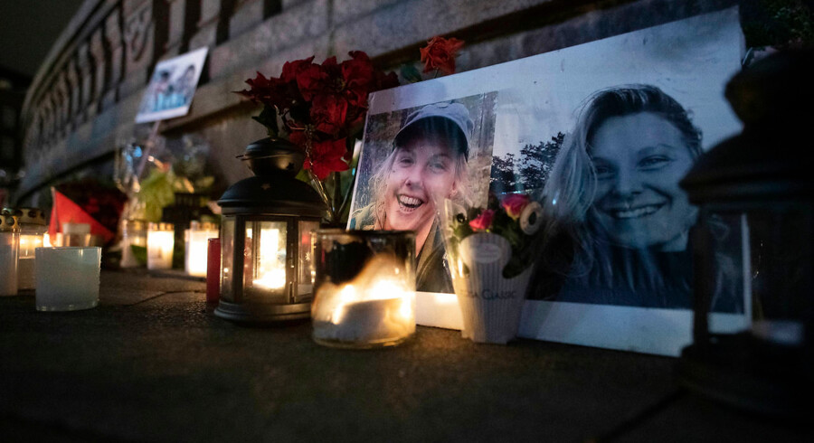 Flowers and candles in memory of Louisa and Maren at the Town Hall Square in Copenhagen, Friday 28 December 2018. Louisa Vesterager Jespersen and Norwegian Maren Ueland were killed near Imlil in Morocco during a trekking trip .. (Photo: THOMAS SJOERUP / Ritzau Scanpix). (Foto: THOMAS SJØRUP/Ritzau Scanpix)