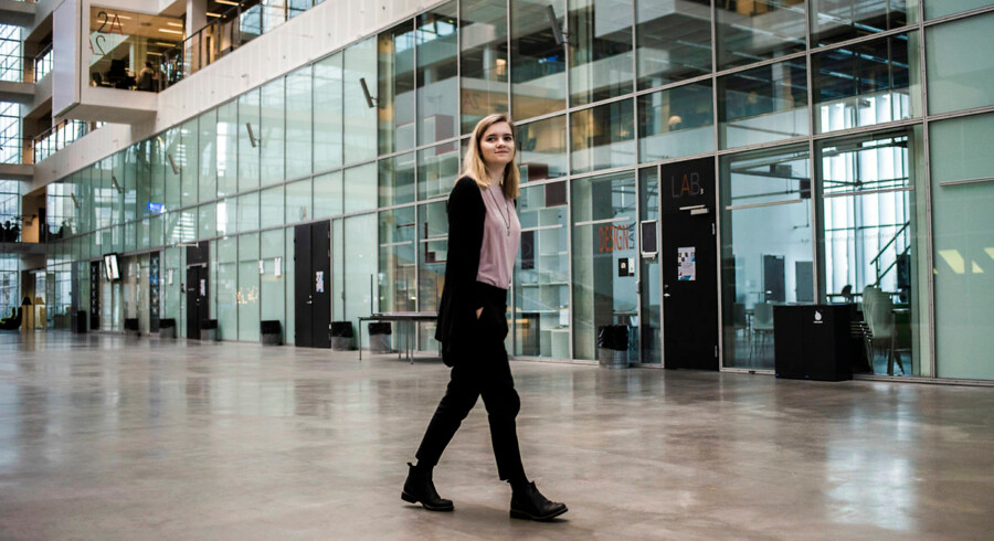 Ingrid Maria Christensen er godt i gang med sin bachelor på softwareuddannelsen på IT-Universitetet. Foto: Maria Albrechtsen Mortensen