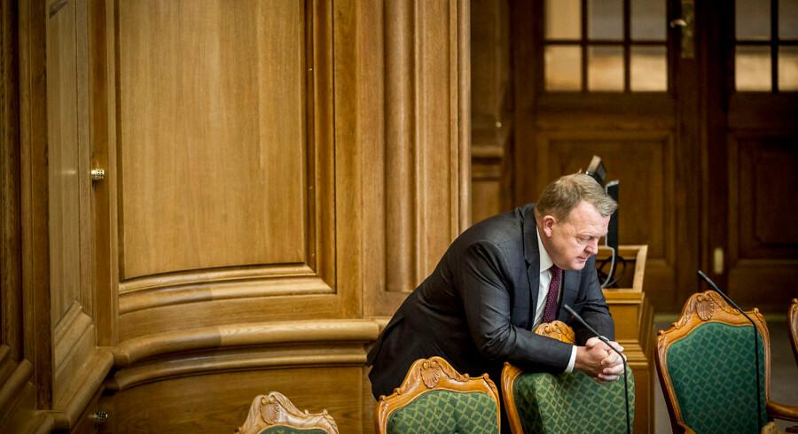 Flere politikere i både Venstres bagland og folketingsgruppe advarer mod at nedlægge regionerne forud for regeringens bebudede sundhedsudspil. På et hovedbestyrelsesmøde fredag ventes V-formand og statsminister Lars Løkke Rasmussen (V) derfor at blive mødt af en række kritiske baglandsrøster.