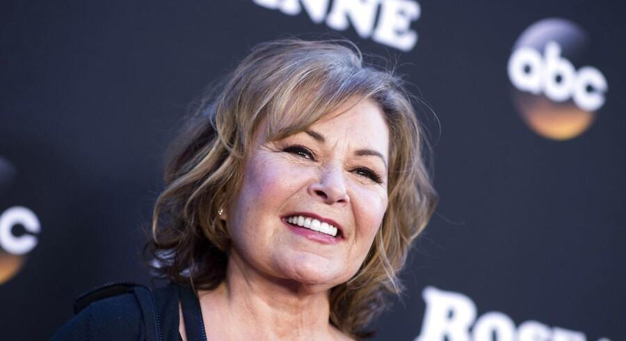 Roseanne Barr var stjernen i TV-serien »Roseanne«. Hun blev fyret efter et tweet, der blev tolket som racistisk. Men var fyringen politisk begrundet?