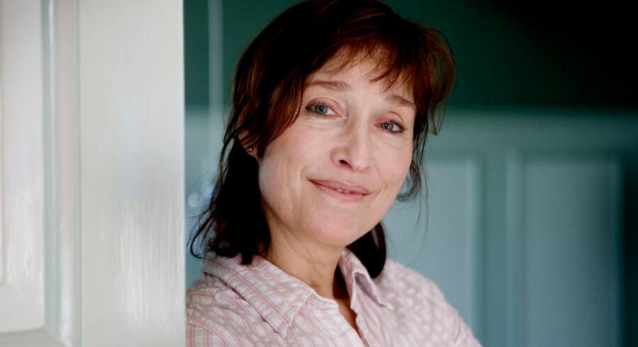 Det er meget muligt, Ann-Mari Max Hansen har sagt skuespillerkarrieren farvel. Men karismaen kan man ikke tage fra hende.
