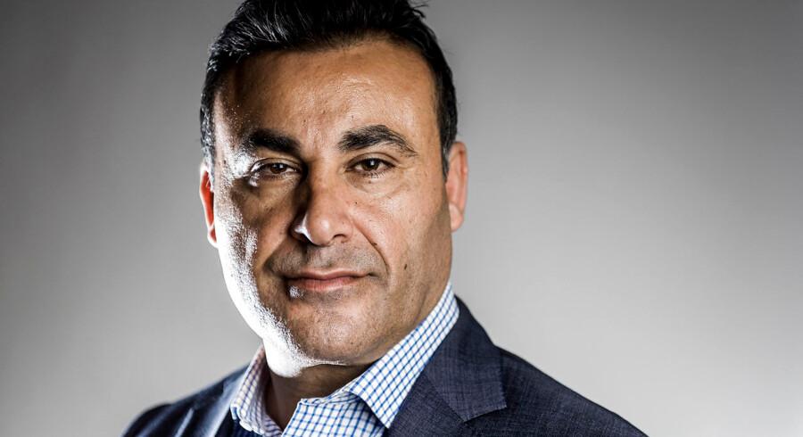 »Vi har været nogle duksedrenge,« siger de Konservatives udlændingeordfører, Naser Khader, som er klar til at stritte imod en kommende dom fra EU-domstolen, hvis den falder ud mod Danmark. Danmark har ellers for vane at rette ind efter EU-domme.