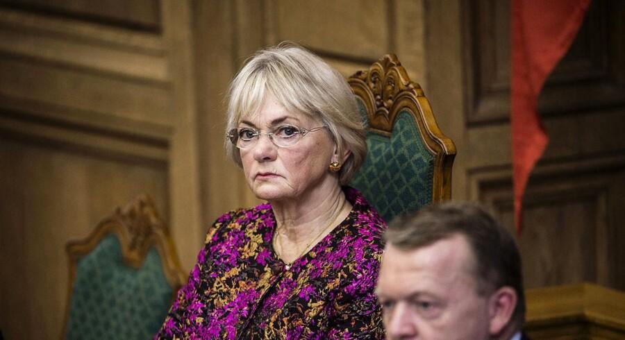 Udenrigsminister Anders Samuelsen (LA) og Udenrigsministeriet har givet tilladelse til at citere fra fortrolige møder på trods af, at Folketingets øverste ledelse med formand Pia Kjærsgaard i spidsen har sagt klart nej.