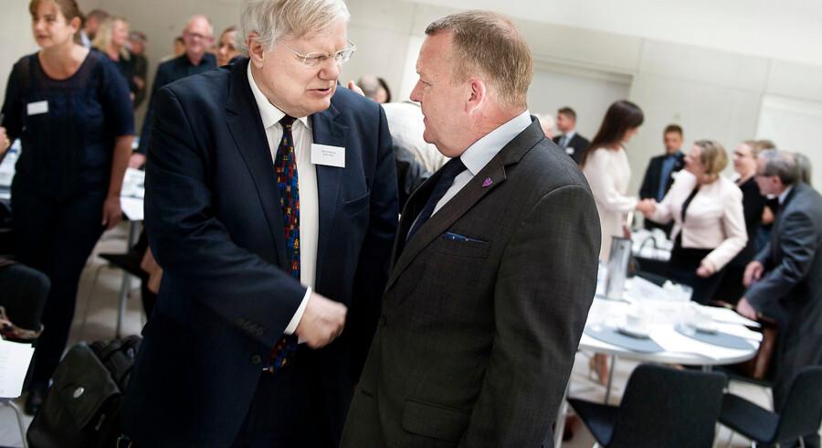 Med 850.000 medlemmer betegnes Ældre Sagen ofte som en af landets mest indflydelsesrige interesseorganisationer, og direktør i Ældre Sagen Bjarne Hastrup har mødtes med statsminister Lars Løkke Rasmussen flere gange.