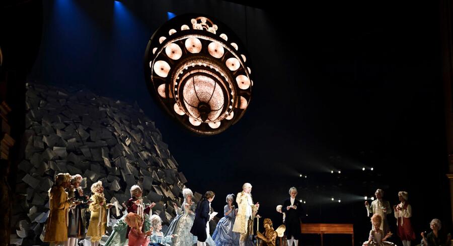 Prøver på skuespillet Amadeus på Det Kongelige Teaters Gamle Scene i København lørdag den 12. januar 2019. Amadeus er instrueret af Kasper Holten og har premiere den 18. januar. . (Foto: Tariq Mikkel Khan/Ritzau Scanpix)
