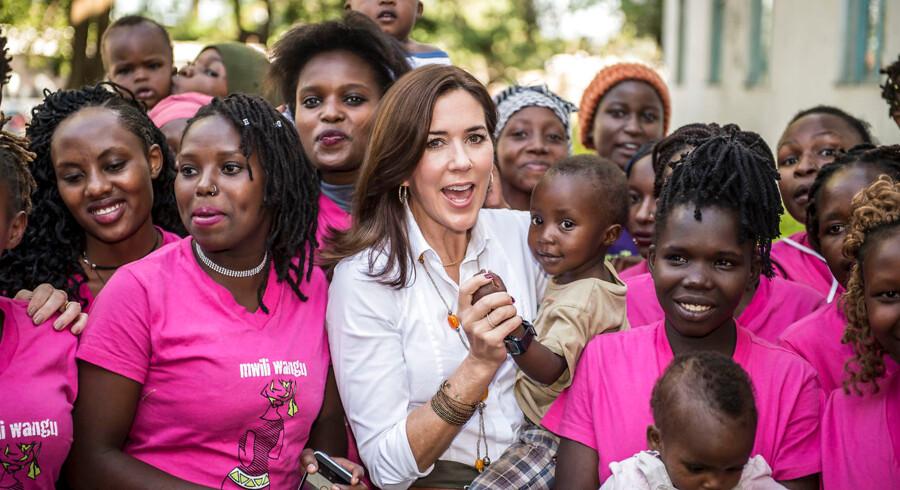 Kronprinsesse Mary har kæmpet for kvinders rettigheder i en verden, hvor kvinder i stort antal fortsat bliver undertrykt og behandlet som andenrangsborgere. Her er hun under et besøg i Nairobi i Kenya.