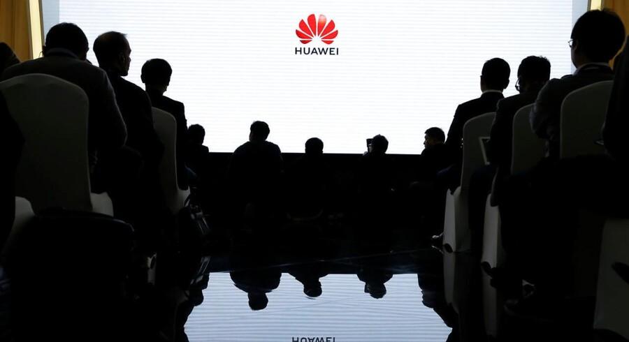 Angrebene mod Huawei ses af den kinesiske EU-ambassadør som bagvaskelse og diskrimination. Arkivfoto: Thomas Peter, Reuters/Ritzau Scanpix