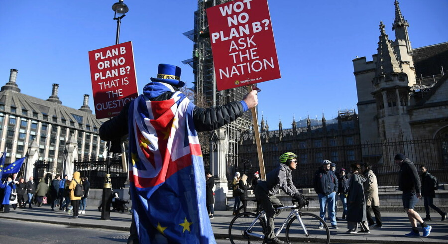 Det britiske underhus skal stemme om Theresa Mays »plan B« tirsdag. Det kan få stor betydning for britiske aktier. Arkivfoto: Andy Rain/ EPA/Ritzau Scanpix