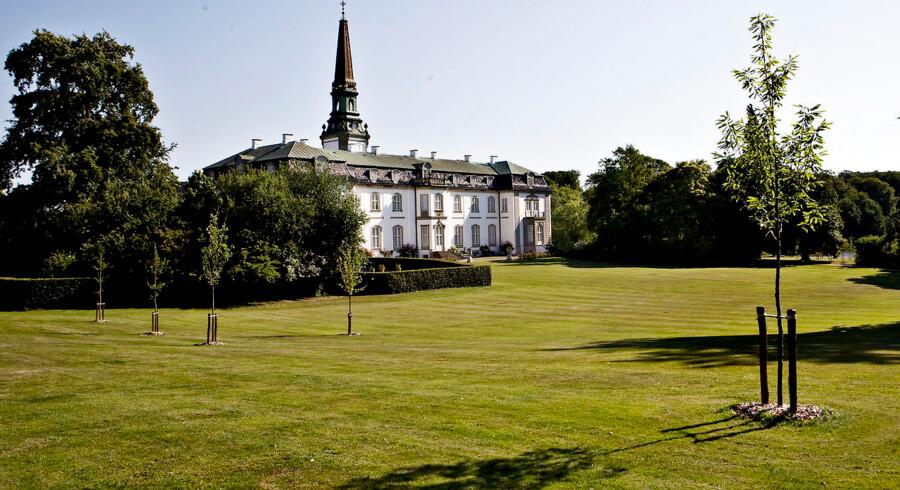 Bregentved er Danmark største gods med 6555 hektar i Danmark og en anslået værdi på 950 millioner kroner.