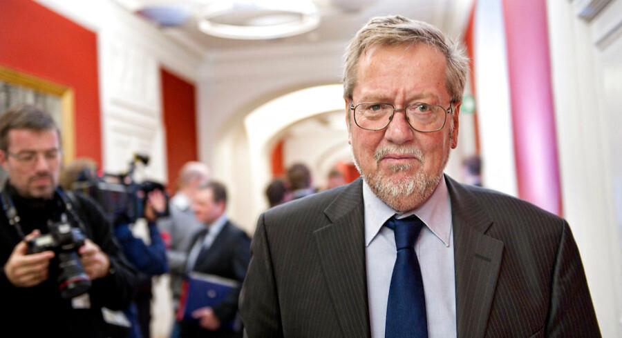 Per Stig Møller (K) afviser, at han som daværende udenrigsminister ikke var en del af beslutningsprocessen om dansk krigsdeltagelse i Irak.