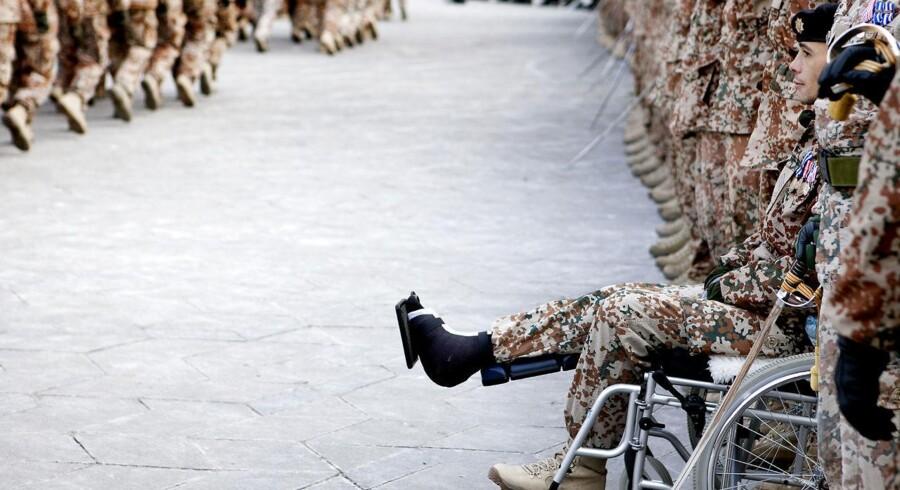 I tirsdags blev krigsudredningen angående beslutningsgrundlaget for dansk krigsdeltagelse i Kosovo, Irak og Afghanistan offentliggjort. Her blev det kendt, at regeringen begik visse »fod-og procedurefejl« op til Irak-krigen. Altså de fodfejl, der i sidste ende resulterede i, at danske soldater faldt i kamp.