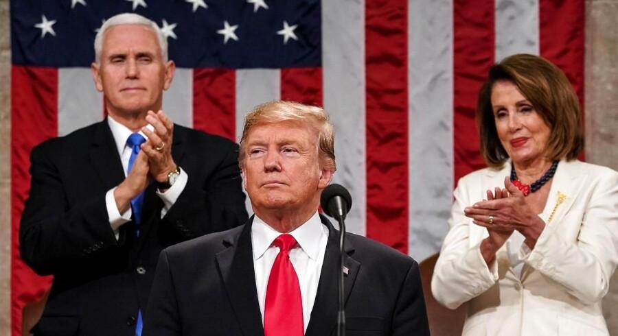 Trump gik i sin »State of the Union-tale« til kamp mod de høje medicinpriser: »Den næste store prioritering for mig og for os alle bør være at sænke priserne på sundhed og receptpligtig medicin«.