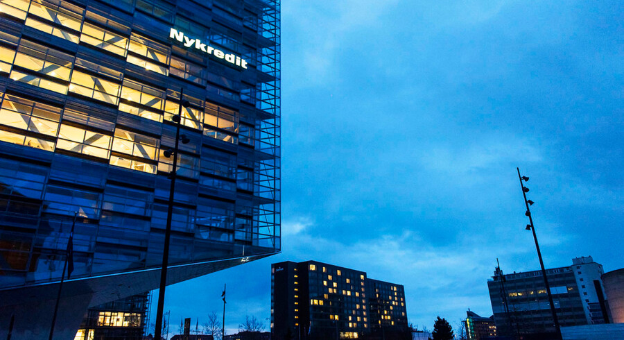 Realkreditten, som her Nykredit, åbnede fredag formiddag for historisk billigt fatsforrentet lån uden afdrag.