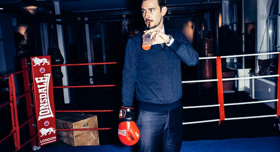 Sebastian Vestergaard på Joe & the Juice-kontoret i Østergade, hvor der er indrettet boksering, dartspil, styrketræningsrum, sauna og café. Arkivfoto: Jeppe Bøje Nielsen/Ritzau Scanpix