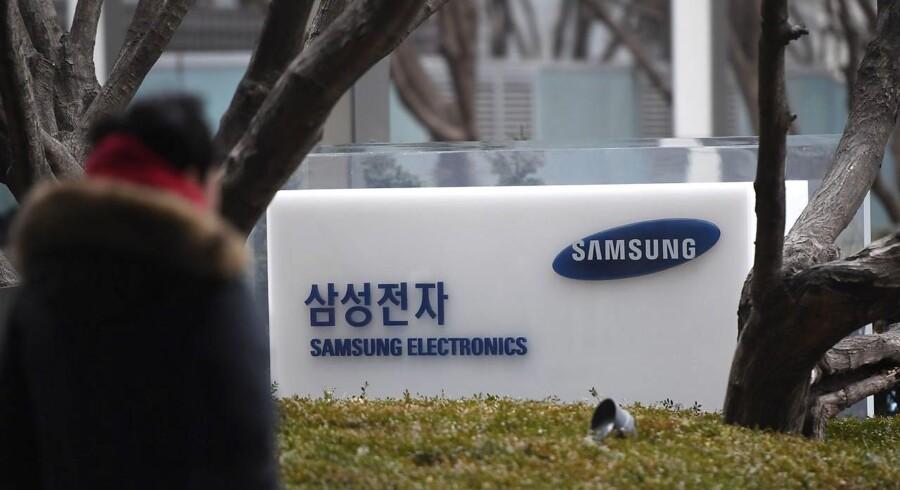 Samsung sætter stort milliardbeløb af til ny satsning og overflytter folk fra mobildivisionen til netværksdivisionen for at udnytte situationen. Arkivfoto: Jung Yeon-je, AFP/Ritzau Scanpix