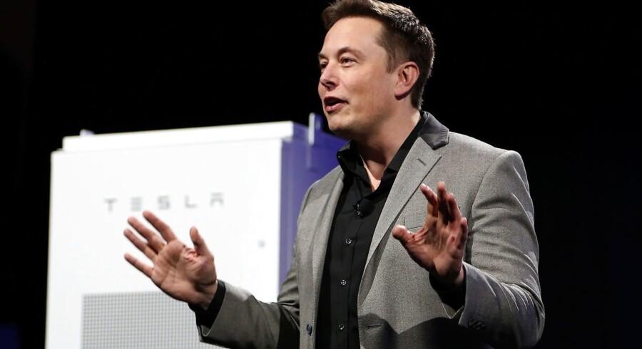 Arkivfoto: Elon Musk, CEO i Tesla, har offentliggjort på Twitter, at de har ambitioner om at få 150.000 flere Tesla-biler på vejene sammenlignet med det forgangne år.