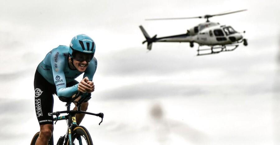 København skal lægge gader til en enkeltstart på 1. etape af Tour de France i 2021. Her ses danske Jakob Fuglsang i kamp mod uret under sidste års udgave af Touren.