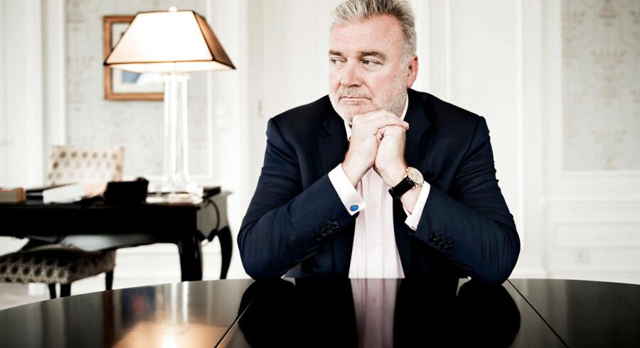 Lars Seier Christensen langer i et Facebook-opslag ud efter Kussesumpen.
