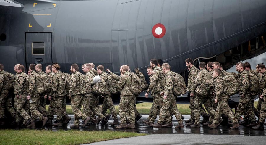 Soldaterne, der skal udgøre det danske bidrag til NATOs enhanced Forward Presence (eFP) i Baltikum, blev fløjet til Estland fra Roskilde Lufthavn i begyndelsen af januar 2018. Trods milliardindsprøjtninger ad flere omgange er USA stadig ikke tilfreds med de beløb, som Danmark afsætter til forsvaret. Derfor har Forsvarsministeriet købt en kampagne om dansk forsvar i Washington.