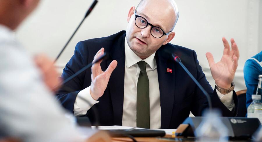 Justitsminister Søren Pape Poulsen (K) var torsdag indkaldt i samråd i Folketingets udenrigsudvalg om såkaldte investeringsscreeninger. Foto: Liselotte Sabroe/Ritzau Scanpix