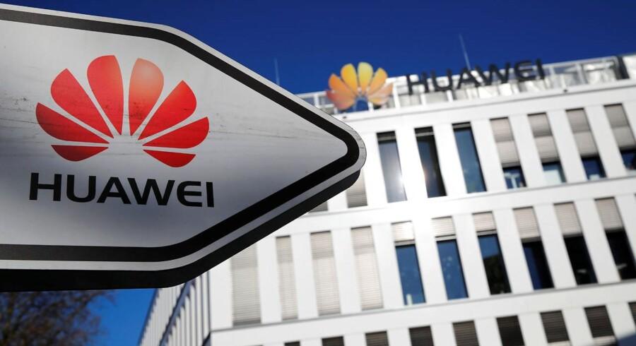 Huawei får ikke forbud i Tyskland mod at blive leverandør til det kommende 5G-supermobilnet, fastslår den tyske regering. Arkivfoto: Wolfgang Rattay, Reuters/Ritzau Scanpix